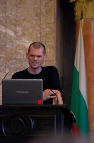 Andreas presentation smile